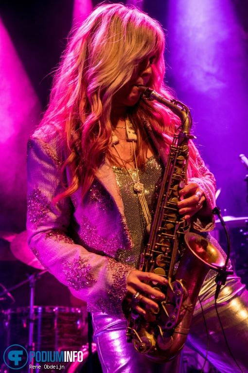 Candy Dulfer op Candy Dulfer - 10/10 - Luxor Live foto