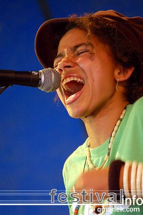 Nneka op deBeschaving 2008 foto