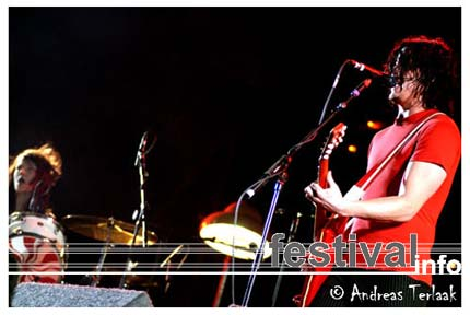 Foto The White Stripes op Lowlands 2004