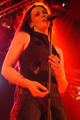 Foto After Forever op Huntenpop 2004