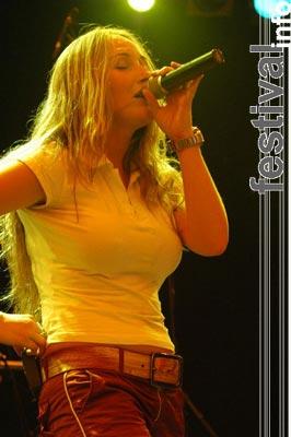 V-Male op Huntenpop 2004 foto