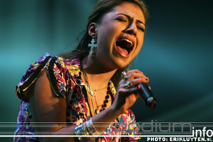 Gabriella Cilmi op Top 2000 in Concert - 11/12 - Heineken Music Hall foto