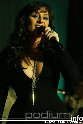Foto Trijntje Oosterhuis op Top 2000 in Concert - 11/12 - Heineken Music Hall