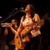 Foto Amparo Sanchez op Calexico - 11/9 - Tivoli