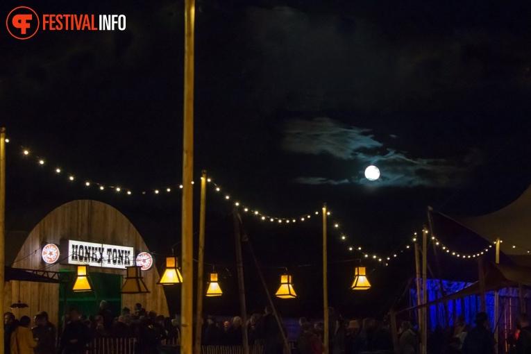 Sfeerfoto Once in a Blue Moon 2018