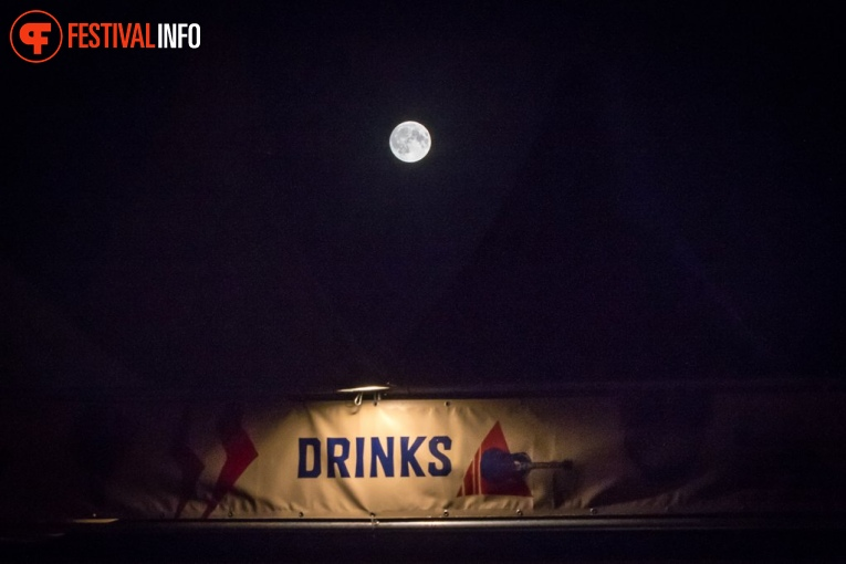 Sfeerfoto Once in a Blue Moon 2018
