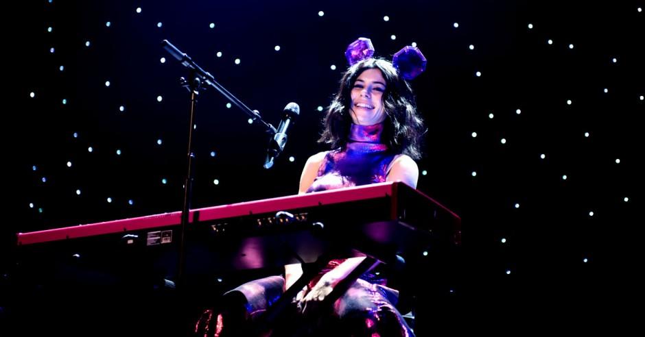 Bekijk de Marina and The Diamonds - 25/2 - TivoliVredenburg foto's