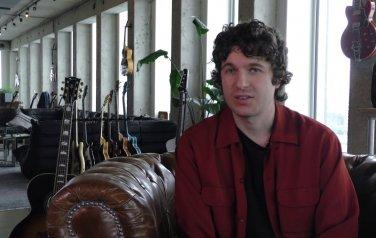 Video: Nieuw album The Kooks gaat tegen de stroom in