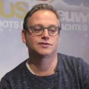 Guus Meeuwis wilde auto Max Verstappen voor Ziggo shows video