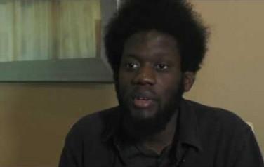 Video: Michael Kiwanuka hoorde nooit ergens bij