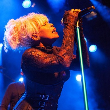 review: Mother's Finest - 05/09 - Mezz Mother's Finest