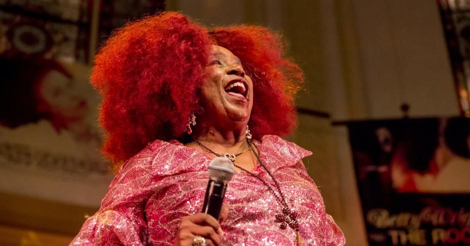 Bekijk de Betty Wright - 23/07 - Paradiso foto's