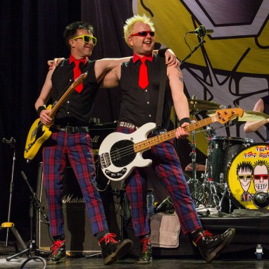 review: The Toy Dolls - 15/02 - Grenswerk The Toy Dolls