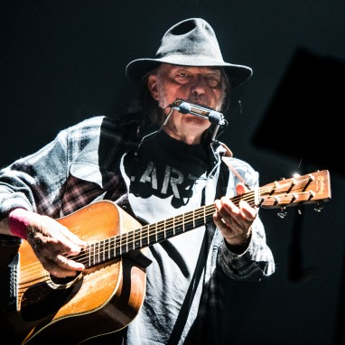 review: Neil Young - 09/07 - Ziggo Dome Neil Young