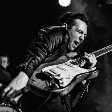 review: Laurence Jones 22/10 - Bibelot Laurence Jones