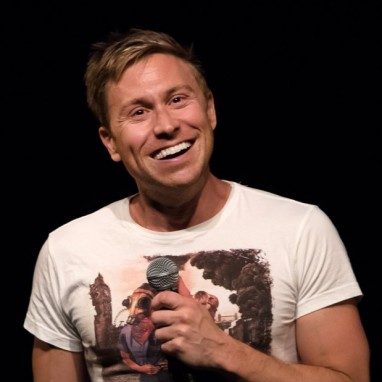 review: Russell Howard - 17/06 - Oude Luxor Theater Russell Howard