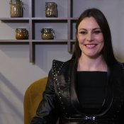 Floor Jansen was 'doodsbang' voor haar solo tour video