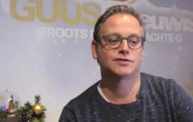 Video: Guus Meeuwis wilde auto Max Verstappen voor Ziggo shows