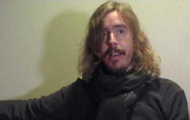 Video: Touren 'erg moeilijk' voor Opeth-zanger vanwege kinderen