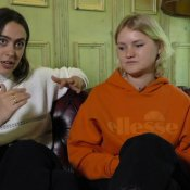 Hinds interview - Ana and Amber (part 1) video