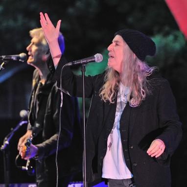 review: Patti Smith - 11/08 - Openluchttheater Caprera Patti Smith