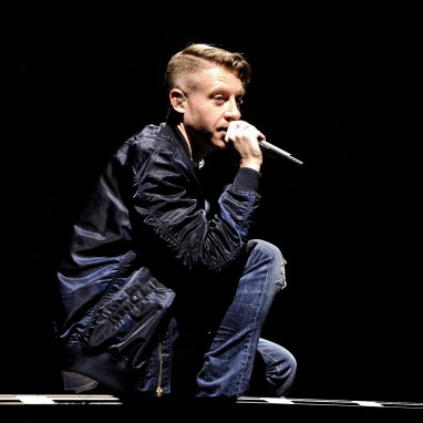 review: Macklemore & Ryan Lewis - 10/04 - Ziggo Dome Macklemore & Ryan Lewis