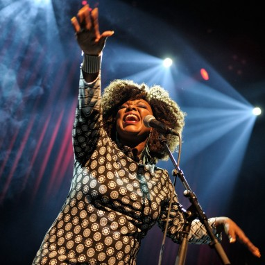 review: Michelle David & The Gospel Sessions - 08/09 - Podium Victorie