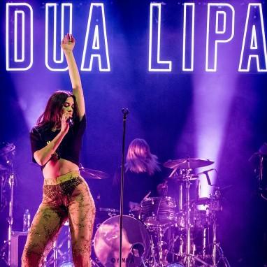 review: Dua Lipa - 10/4 - TivoliVredenburg Dua Lipa