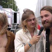 Video: DeWolff verbaast zich over volle Lowlands-tent