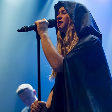 review: Hooverphonic - 15/12 - TivoliVredenburg Hooverphonic