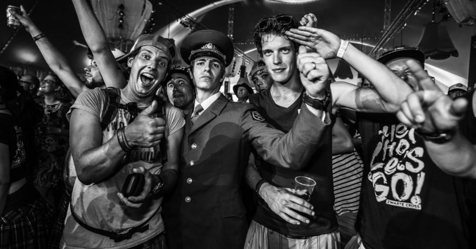 Bekijk de Zwarte Cross 2016 - sfeerverslag foto's
