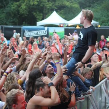 18 Miles op Mixtream Festival 2016