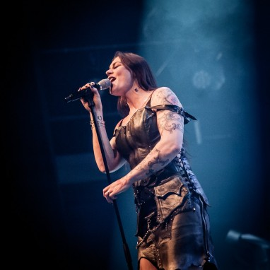 review: Floor Jansen - 30/01 - 013 Floor Jansen