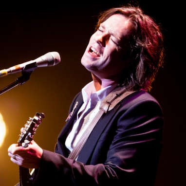 Rufus Wainwright met 'All These Poses Anniversary Tour' ook langs Nederland en België
