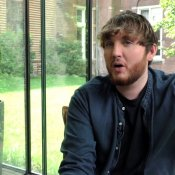 James Arthur had moeite met loslaten van 'onrealistische' mate van success video