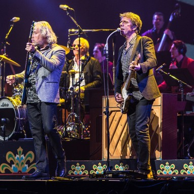 review: The Analogues- 50jaar Sgt. Pepper's Lonely Hearts Club Band - 01/06 - Ziggo Dome The Analogu