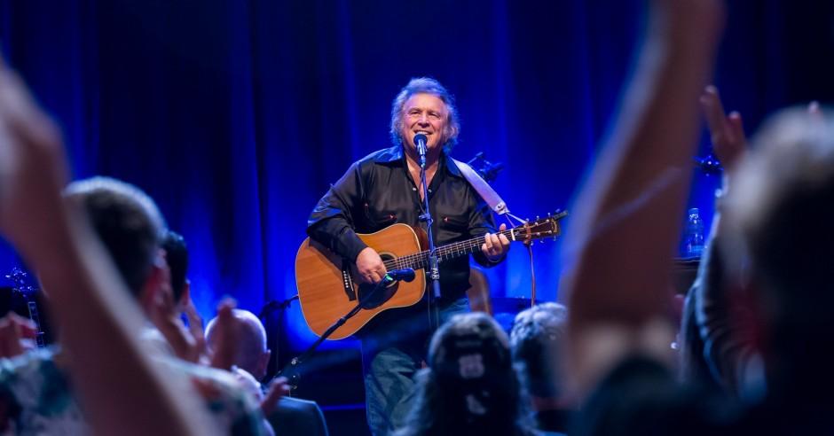 Bekijk de Don McLean - 13/10 - TivoliVredenburg foto's