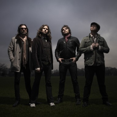 Rival Sons clubshow in 013 plaatje