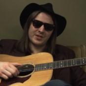 Video: Jamie N Commons wil blues weer populair maken
