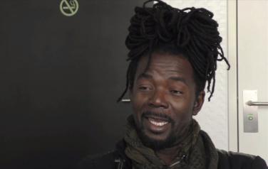 Video: Geen maatschappijkritische teksten voor Kenny B