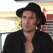 Video: Kensington vol vertrouwen door gouden single