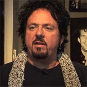 Video: Toto viert 35-jarig jubileum met wereldtournee