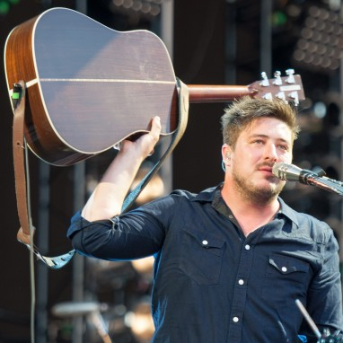 review: Mumford and Sons - 04/05 - Goffertpark Mumford and Sons