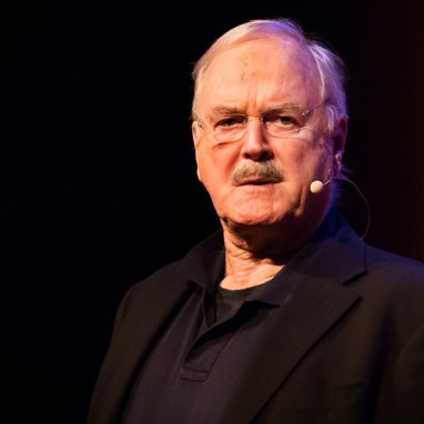 John Cleese met 'The Last Time To See Me Before I Die'-tour nogmaals naar Nederland