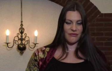Video: Floor Jansen gebruikt sabbatical Nightwish voor gezin