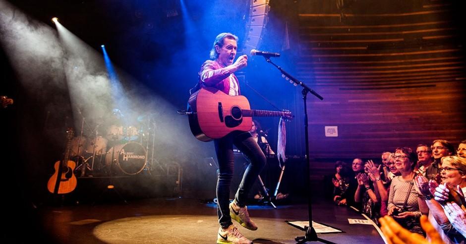 Bekijk de Albert Hammond & band - 24/11 - Mezz foto's