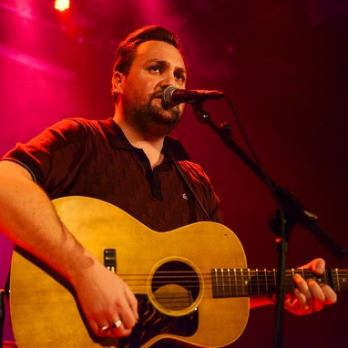 review: Tim Knol - 17/03 - TivoliVredenburg Tim Knol