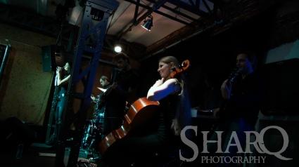 Heavy Hangout: KingFisher Sky Willem Twee concertzaal gebruiker foto - _DSC0362
