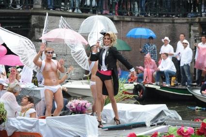 Gay Pride Amsterdam 2010 gebruiker foto - billen